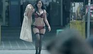Jelai Andres Rampa sa Public suot lang ang Underwear